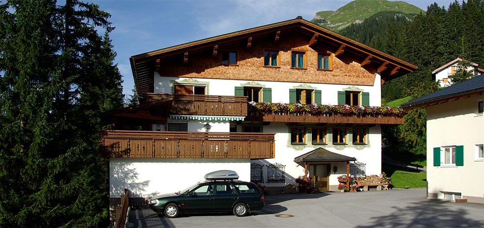 Hotel Pension Alpenrose Lech